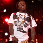 Lil Wayne Has Another Seizure – In ICU In Critical Condition