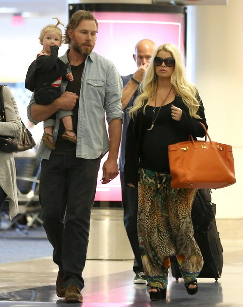 Jessica Simpson To Marry Eric Johnson Over Christmas In Hawaii