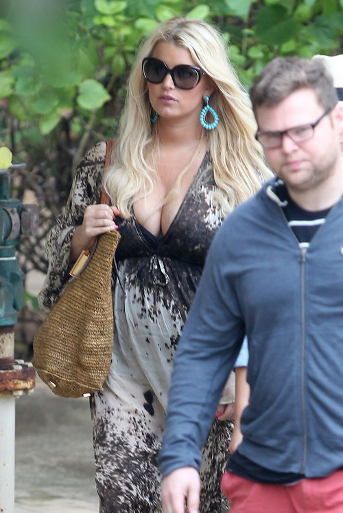 Jessica Simpson To Star in TV Comedy Based On Her Life