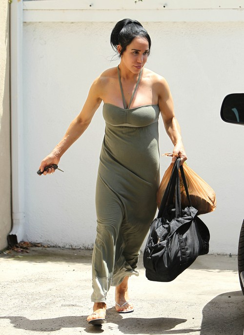 Nadya Suleman Shops in West Hollywood