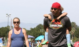 Hank Baskett Cheated on Kendra Wilkinson at 8 Months Pregnant with Transsexual Ava Sabrina London