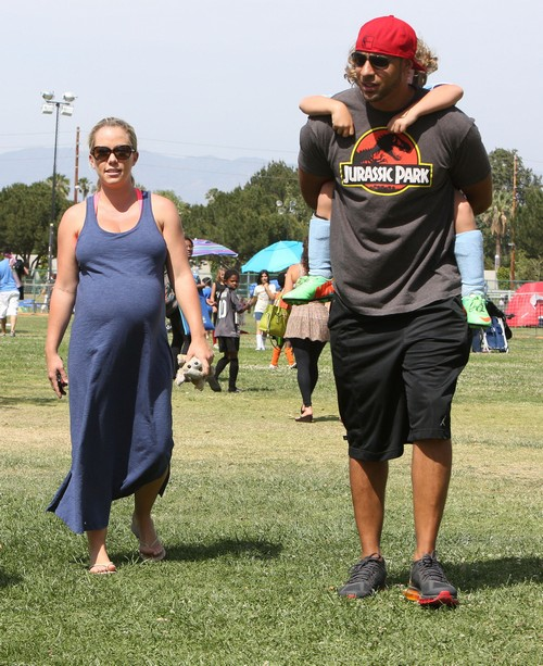 Pregnant Kendra Wilkinson Enjoys Her Son's Soccer Game