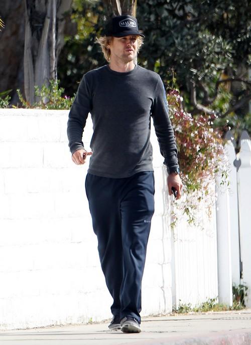 Exclusive... Owen Wilson Visits His Newborn Son