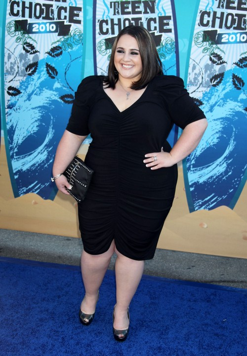 Nikki Blonsky Defends Amanda Bynes, Says Amanda Is Just Having Fun
