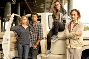 Fear The Walking Dead Premiere Spoilers Watch Sneak Peek Video Of AMC Spin-off Starring Frank Dillane