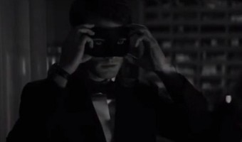 'Fifty Shades Darker' First Teaser Trailer – Quick Glimpse Of Jamie Dornan's Christian Grey