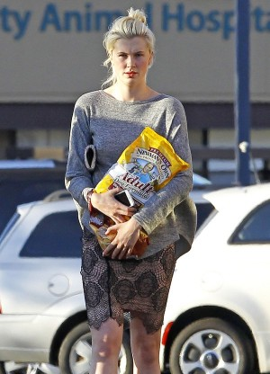 Exclusive... Ireland Baldwin Stops For Some Dog Food