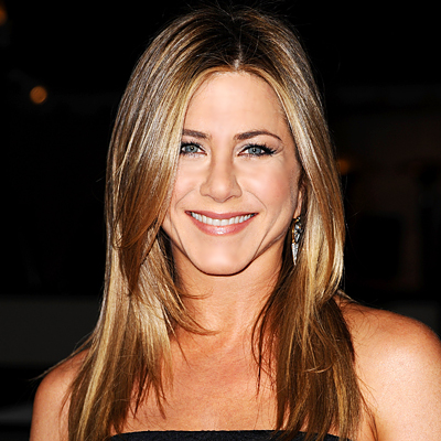 Jennifer Aniston Wants Brad Pitt And Angelina Jolie Gone!