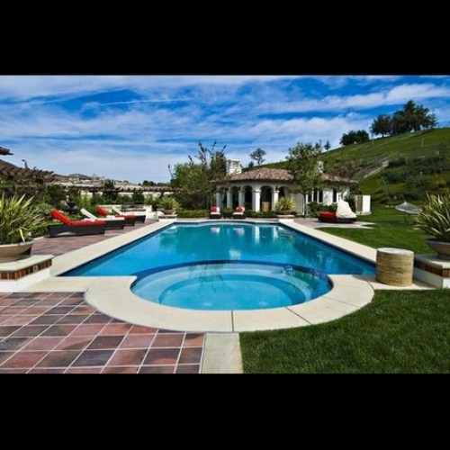 Justin Bieber Has Bought Himself A Love Nest In California (Photo)