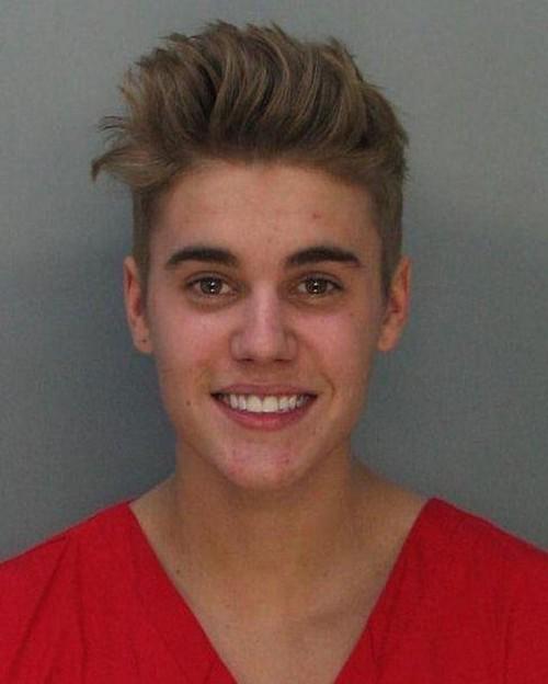 rp_Justin_Bieber_Mug_Shot1.jpg