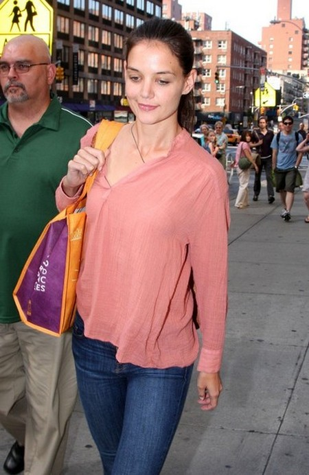 Katie Holmes Seeks Divorce Advice From Sandra Bullock