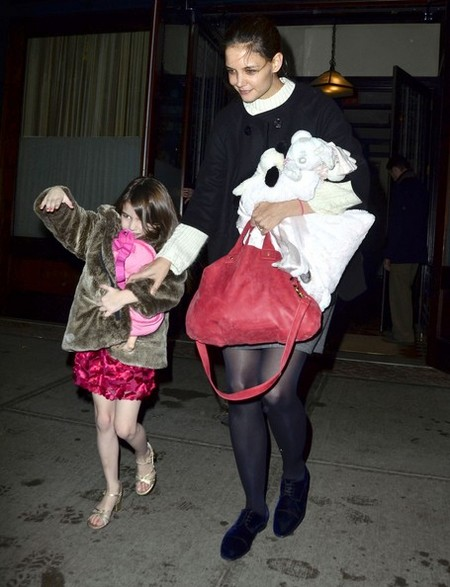 Katie Holmes Will Fight To The Death For Suri