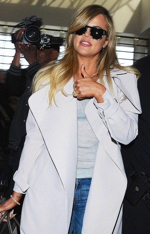 Khloe Kardashian Catches A Flight At LAX