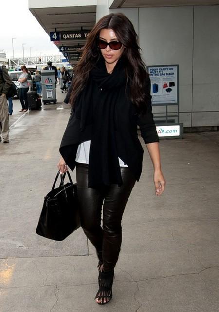 Kardashian War: Kim Kardashian Furious Mom Kris Jenner Stole Millions From Her