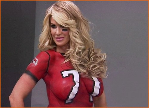 Kim Zolciak Bares All For Husband Kroy Biermann In Topless Photoshoot (Photo)