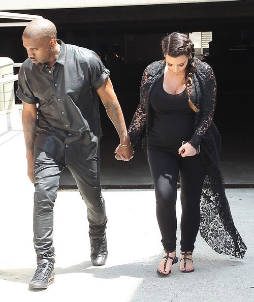 Kim Kardashian and Kanye West To Marry In LA This Week ...