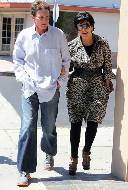 Report: Bruce Jenner Leaves Kim Kardashian's Momanager Kris Jenner