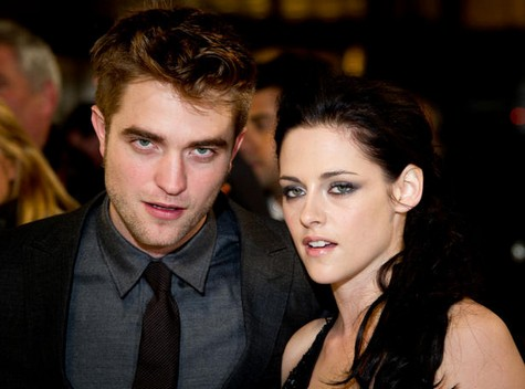 New Kristen Stewart and Robert Pattinson Photos Together Do Not Lie – The Fake Couple Is Being Exposed!