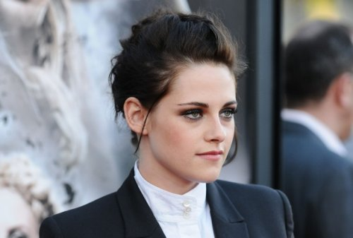 Kristen Stewart Confirms Snow White Sequel  Rupert Sanders Gets the Axe!