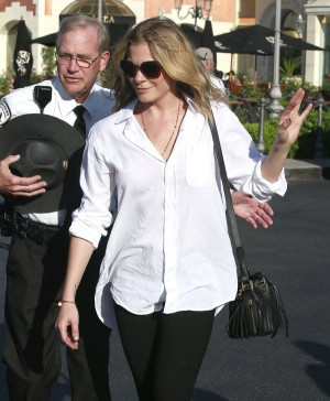 LeAnn Rimes Out And About In Calabasas