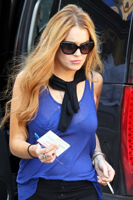Lindsay Lohan Has New Excuse For Car Crash, Her Brakes Failed!
