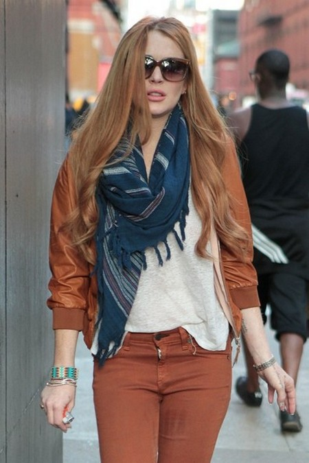 Breaking News: Lindsay Lohan Rushed To Emergency Room after Car Accident (Photos)