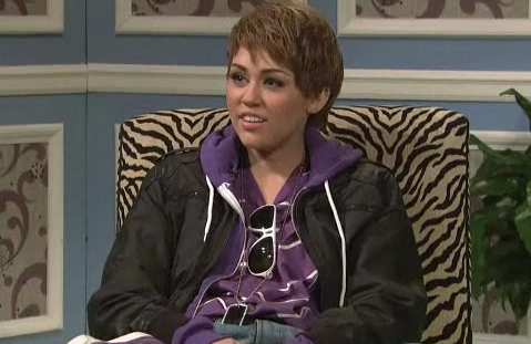 SNL VIDEO: Miley Cyrus Does Justin Bieber
