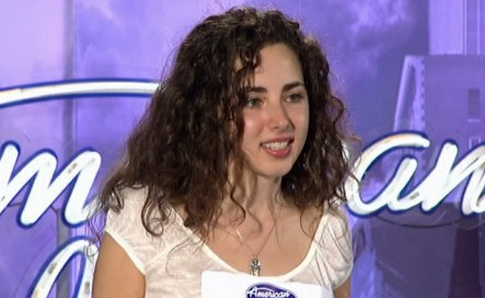 Rachel Zevita Returns For Second Chance on American Idol Singing &#8216;Halleljuah&#8217; Video
