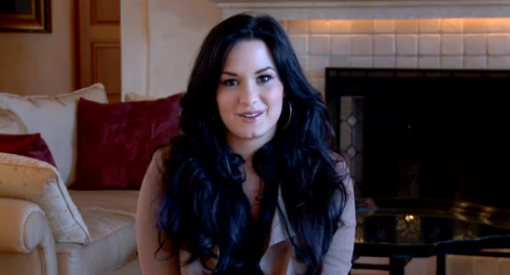 Demi Lovato in Her Home, Thanking Fans