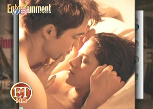 NEW Breaking Dawn Picture – Edward and Bella Honeymoon Night!