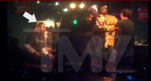 Super Bowl XLV: Big Ben Roethlisberger Gets His Karaoke On In Texas – VIDEO