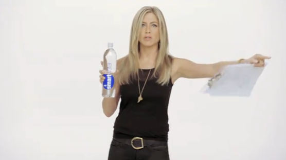 Jennifer Aniston Viral Video - SmartWater