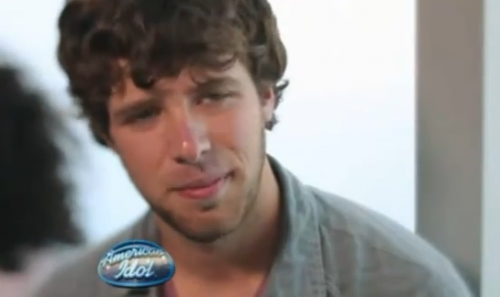 American Idol: Tim Halperin Gives His Free Love To Jennifer Lopez – VIDEO