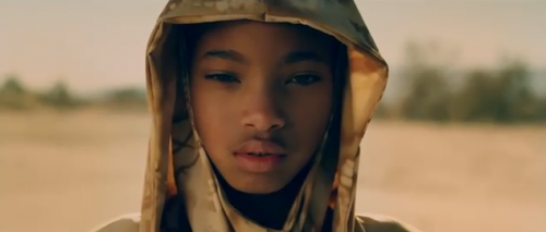 Willow Smith &#8217;21st Century Girl&#8217; Official Music Video