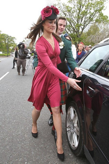 Pippa Middleton Lady Red: At Friend's Wedding In Scotland