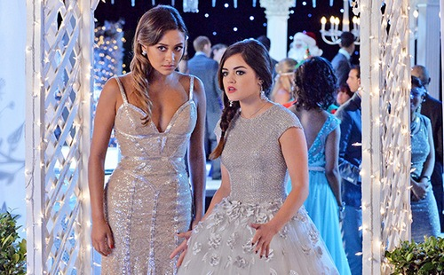 "Pretty Little Liars Season 5 Episode 13 ""How the 'A' Stole Christmas"" REVIEW"