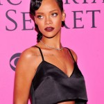 Rihanna Gets 'Breezy' Tattooed On Her Body In Support Of Chris Brown