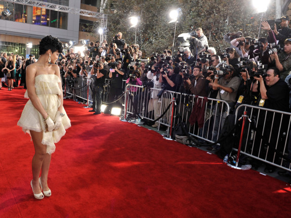 2008 American Music Awards - Red Carpet Rihanna