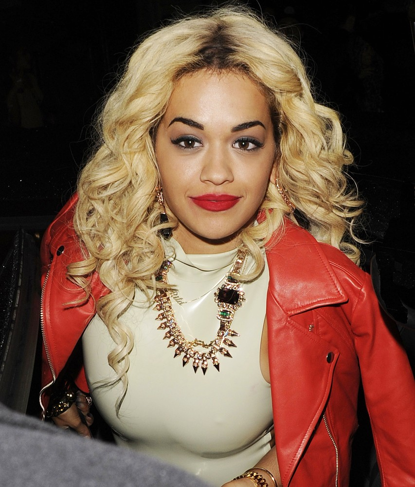 Rita Ora Toilet Fear