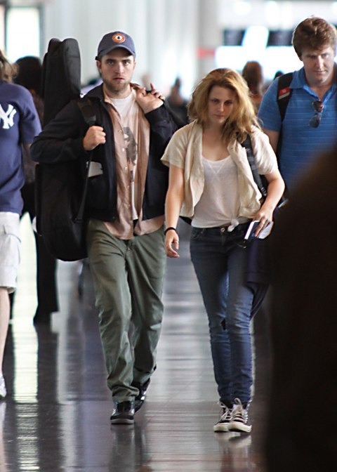 Kristen Stewart Won Robert Pattinson Back With...A Photo Slideshow?