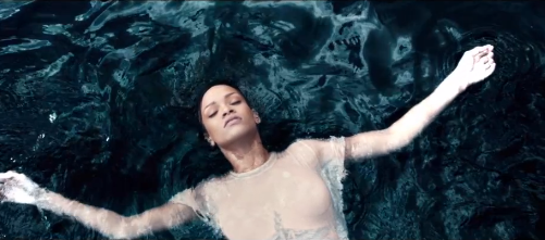 Rihanna Premieres New Diamonds Video