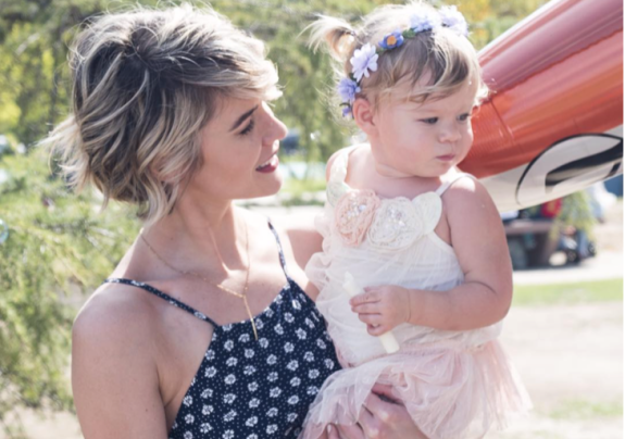 'The Bold and the Beautiful' News: Linsey Godfrey Enjoys Playtime With Daughter Aleda – Nothing But Sunshine and Fun