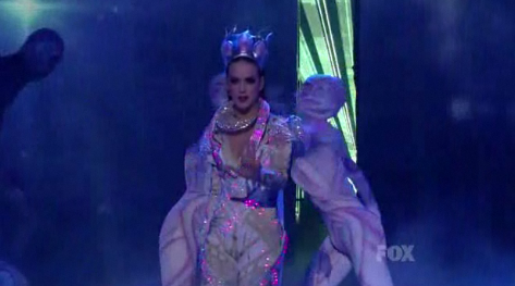 Katy Perry on American Idol - E.T.