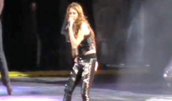 Miley Cyrus - Gypsy Heart Tour - Smells Like Teen Spirit - Nirvana - Kurt Cobain