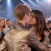 Justin Bieber and Selena Gomez Kissing at 2011 Billboard Music Awards