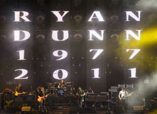 PHOTO: Kings of Leon Pay Tribute to Ryan Dunn