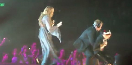 VIDEO: Miley Cyrus Attacked on Stage By Little Fan!