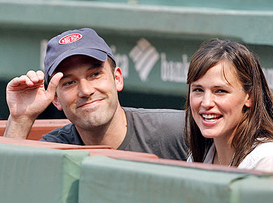 It's Official: Jennifer Garner Has Baby #3 On Board, Will Ben Get His Boy?