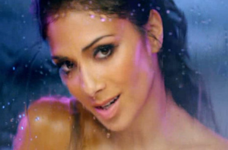 HOT VIDEO: Nicole Scherzinger is &#8216;Wet&#8217;