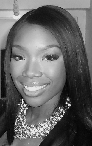 Brandy Inks New Record Deal
